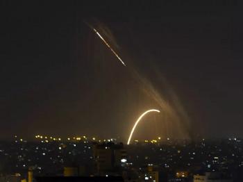 Izraelska avijacija nastavila bombardovanje položaja Hamasa