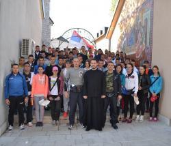 Hodočasnici iz Nevesinja krenuli za Ostrog