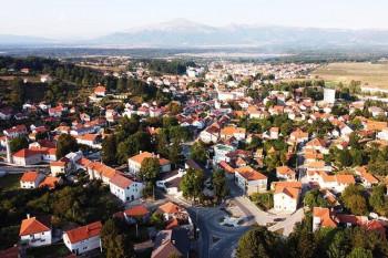 Dodik pohvalio rad opštinskog rukovodstva i organizaciju SNSD-a u Nevesinju