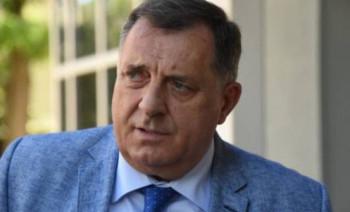 Dodik: Odobriti proslave matura