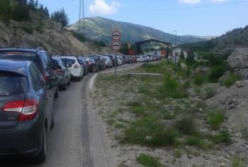 Gužve na Sitnici – Veliki broj Trebinjaca i turista se uputio ka Herceg Novom