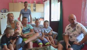Šest sinova porodice Makera uskoro u svom novom domu (VIDEO)