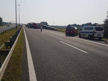 Тешка саобраћајна несрећа у Хрватској, најмање десет особа погинуло