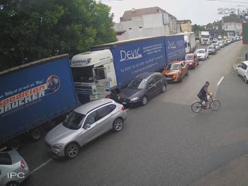 Na Šćepan Polju kilometarska kolona, čeka se tri sata