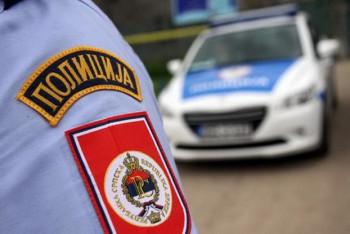 Autom na policajca u Berkovićima: Zadobio potres mozga