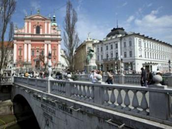 Slovenija od srijede pooštrava mjere