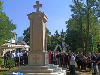 U Berkovićima osveštan spomenik za poginule u Odbrambeno-otadžbinskom ratu