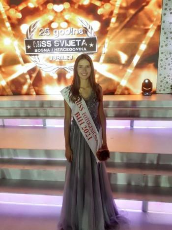 Ivona Šakotić ponijela titulu Mis fotogeničnosti!