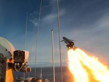 Rusija lansirala ''cirkon''- raketu devet puta bržu od zvuka (VIDEO)
