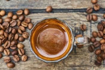 Sačuvajte talog od kafe i napravite tečno đubrivo za cvijeće