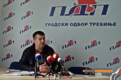 Slavko Vučurević i PDP pozivaju otpuštene radnike na proteste