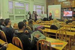 Будућим студентима представљене предности студирања на УИС