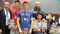 """Nove medalje za članove kik-boks kluba """"Tigar"""" Gacko"""