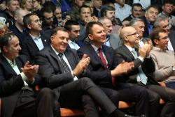 Додик: Подршка Вучићу због одбране српског народа