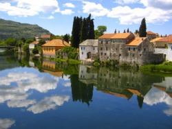 Niš: Na sajmu TO Srpske, Banjaluke i Trebinja