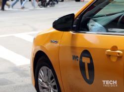 Зашто су такси возила жуте боје? (ВИДЕО)