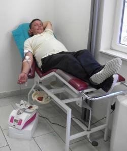 Policajci darovali 22 doze krvi
