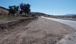 Gacko: U toku izgradnja trotoara uz magistralni put M-20