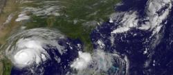 Зашто урагани имају већином женска имена и ко им их даје?