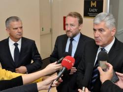 Криза власти у БиХ: Радончићев СББ напушта већину на државном и федералном нивоу