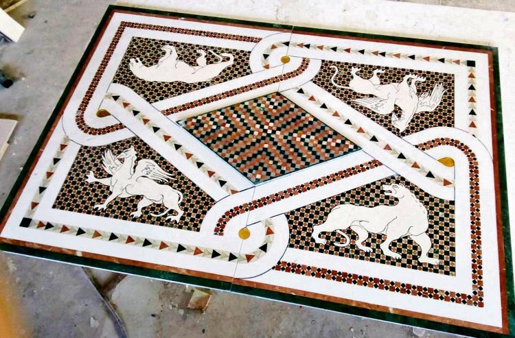 Podni mozaik rađen za srpsku crkvu u Kaliforniji
